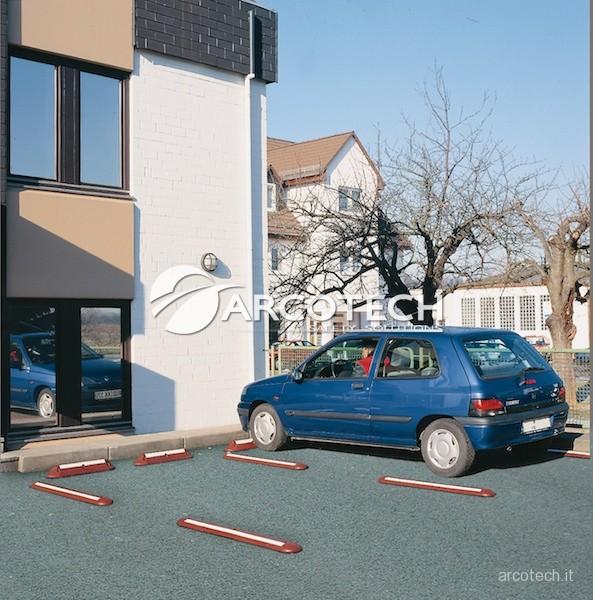 Fermaruote per parcheggi