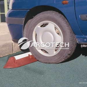 Stop Ruota in gomma riciclata con strisce riflettenti